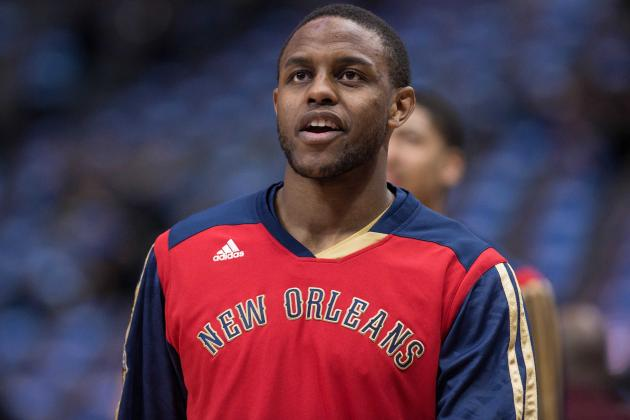 Darius Miller Handles Challenge of Playing Point Guard off the Bench