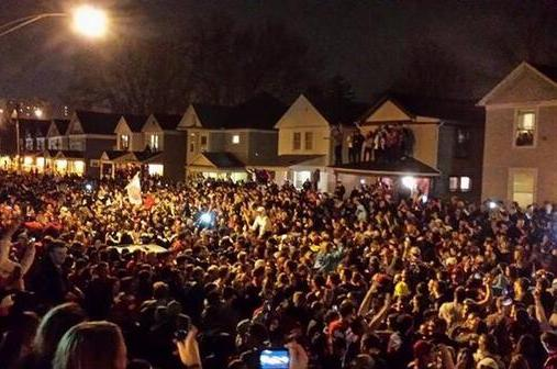 Dayton Students Flood Campus Streets to Celebrate Sweet 16 Victory