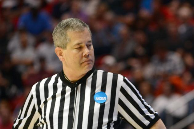 Officiating at End of Michigan-Tennessee Game Blasted on Social Media