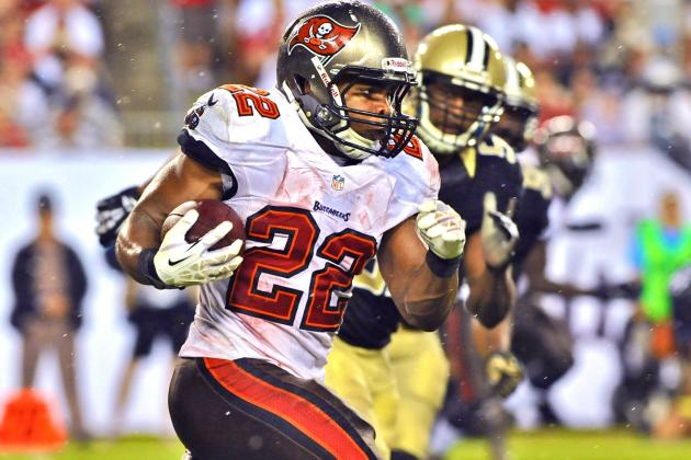 Doug Martin Injury: Updates on Bucs RB's Shoulder and Recovery