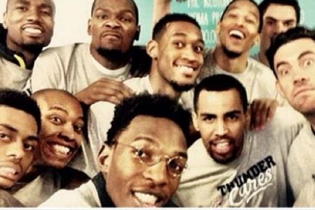 Kendrick Perkins Gets Upset Again After Thunder Teammates Leave Him out of Photo