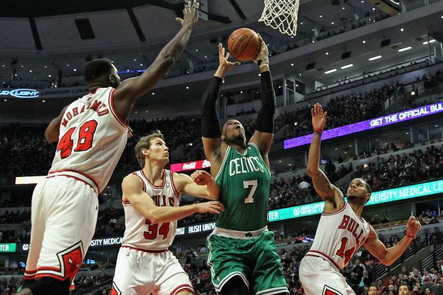 Chicago Bulls vs. Boston Celtics: Live Score and Analysis