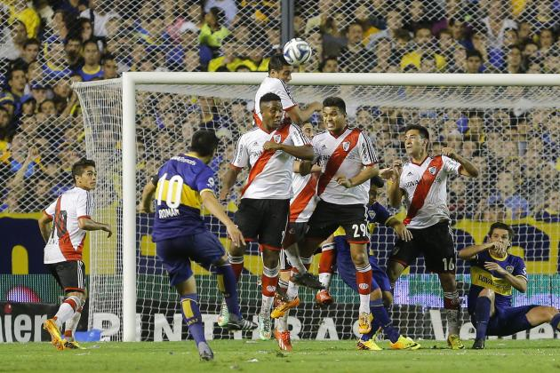 Juan Roman Riquelme Free Kick Goal in Boca Juniors vs. River Plate Superclasico
