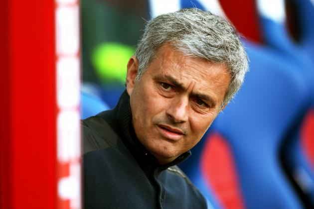Chelsea FC: Despite Jose Mourinho's Comments, the Blues Still Have Title Hopes