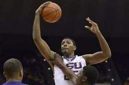 LSU's Jordan Mickey Is Finalist for Freshman of the Year Award