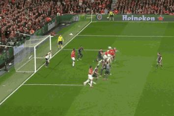 GIF: Nemanja Vidic Heads Home Opening Goal for Man United vs. Bayern Munich