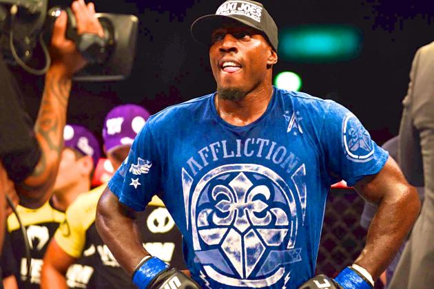 Phil Davis: I'm Not Convinced Jon Jones Is Fighting at UFC 172