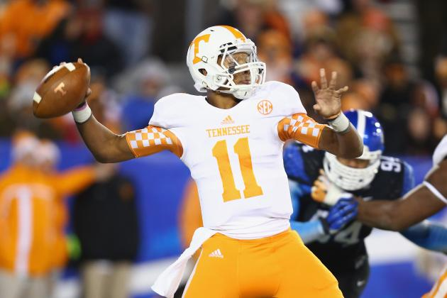 Tennessee Football: Why Butch Jones Should Wait Until Summer to Name Starting QB