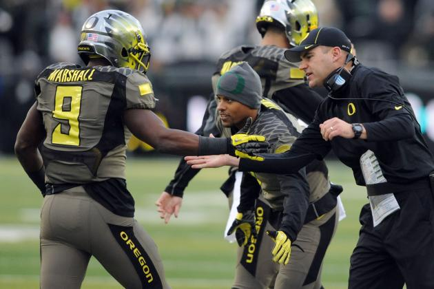 Oregon Football: Familiar Faces but New Perspective Shape Ducks' 2014