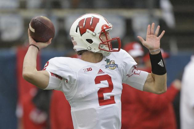 Tanner McEvoy, Joel Stave Take Majority of QB Reps Tuesday