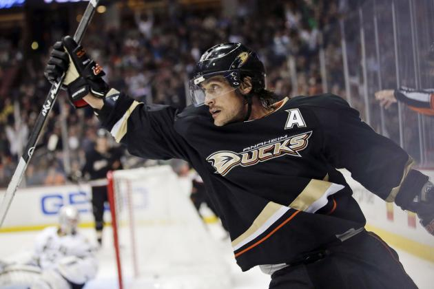 Teemu Selanne's Incredible NHL Career by the Numbers
