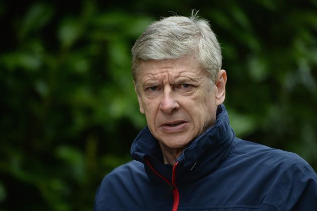 Everton vs. Arsenal: Arsene Wenger Criticises Barcelona in Pre-Game Presser