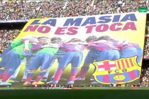 Barcelona Fans Unveil Banner in Response to Ban,