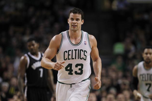 Kris Humphries or Brandon Bass: Who Should Boston Celtics Keep?
