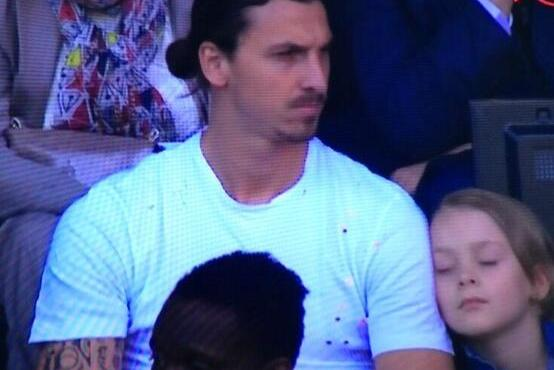 Zlatan Ibrahimovic Doubles as a Pillow During PSG's Match