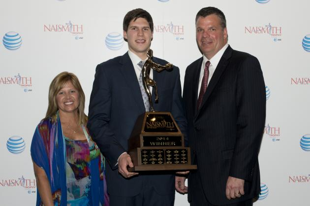Doug McDermott Named 2014 Naismith Men's College Player of the Year