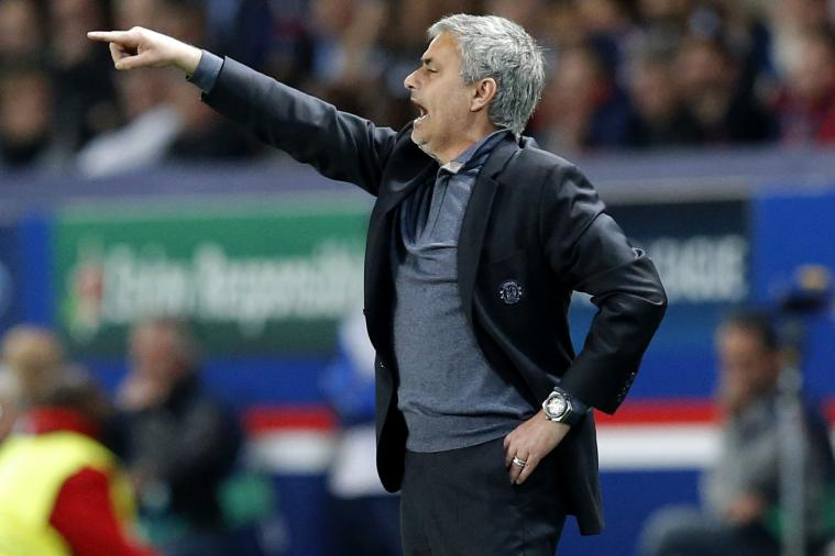 Jose Mourinho Slammed by Johan Cruyff, Claims He Is Losing Chelsea Dressing Room