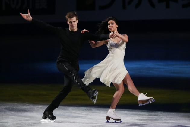 Russian Olympic Figure Skating Stars Elena Ilinykh and Nikita Katsalapov Split