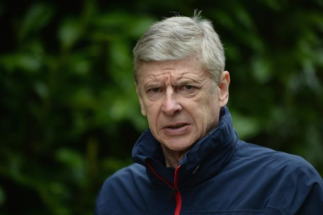Arsene Wenger Must Take Some Risks to Save Arsenal's Season