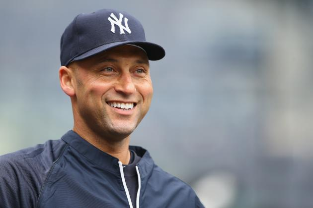 Yankees' Derek Jeter Looking to Climb Up MLB All-Time Hits List