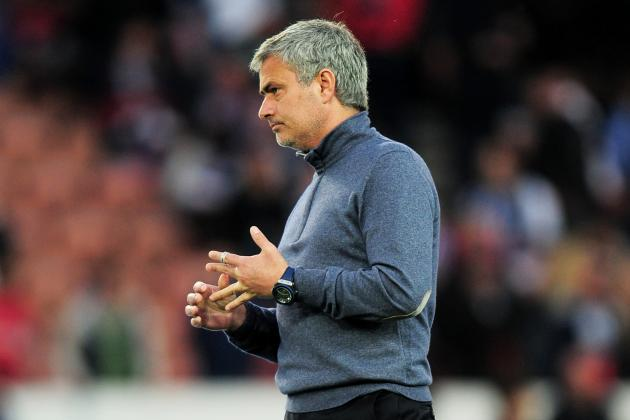 Chelsea FC: Should Jose Mourinho Abandon the Blues' 4-2-3-1 Formation?