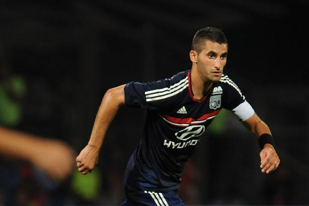 Manchester United Transfer News: Maxime Gonlalons Won't Fix Red Devils