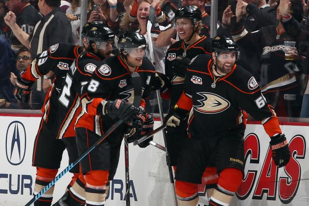 Ducks Gain Ground on Bruins for Presidents Trophy