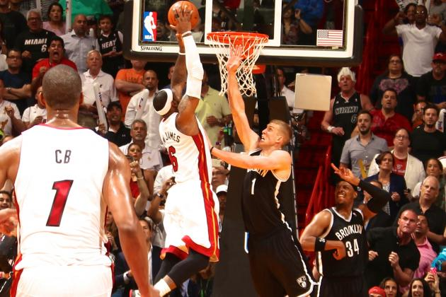 NBA Rules Mason Plumlee Did Not Foul LeBron James on Crunch-Time Dunk Attempt