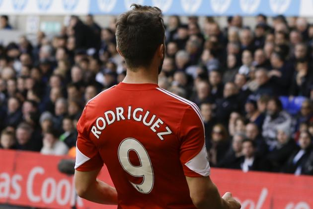 Southampton Players Wear No. 9 Shirts in Honour of Injured Jay Rodriguez