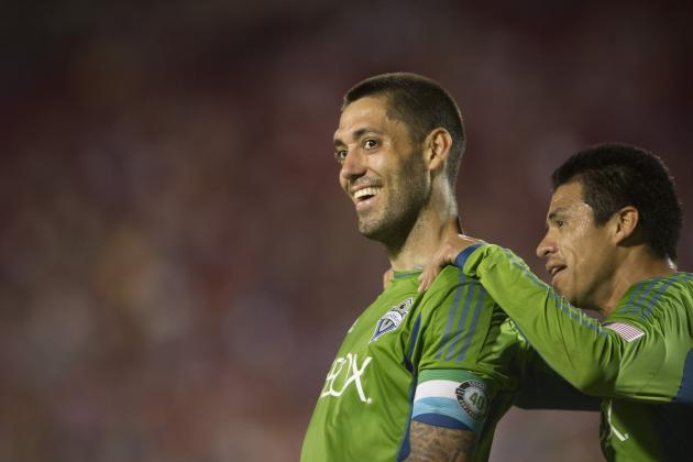 Clint Dempsey Scores Long-Range Free Kick, Hits Bar on Volley in Seattle-Dallas