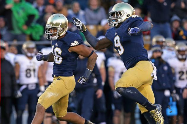 LB Smith Makes a Move Inside for Notre Dame