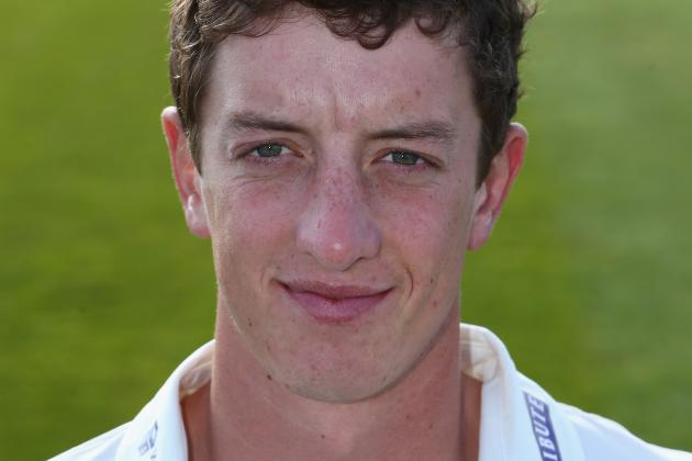 Tavare Reaches Maiden Hundred on Gloucs Debut