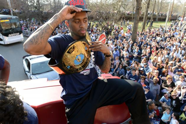 Large Crowds Cheer UConn Champion Basketball Teams
