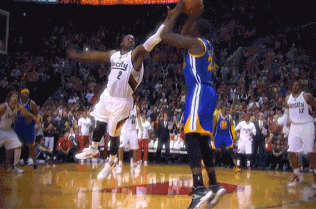 Draymond Green Forces Overtime with Step-Back 3 over Wesley Matthews