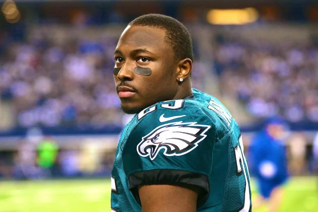 LeSean McCoy Says His 2-Year-Old Son Is Better at Football Than Tim Tebow