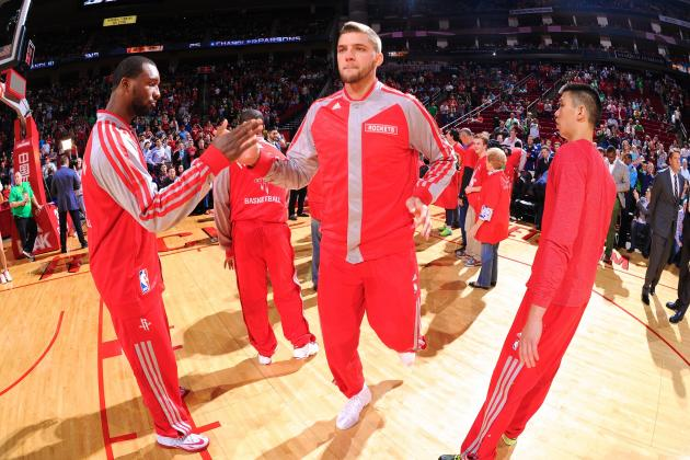 Fan Asks Chandler Parsons for Autograph After Crashing into His Car