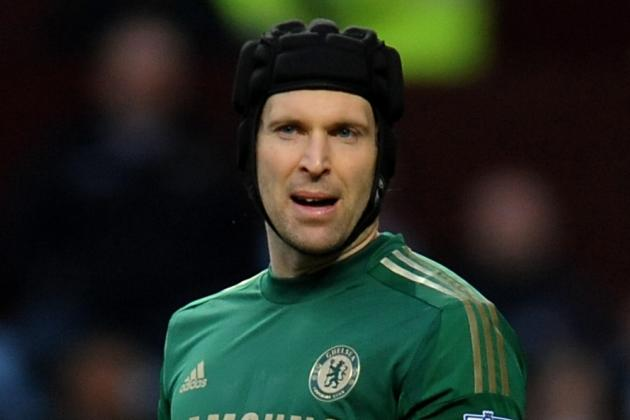 Chelsea Goalkeeper Petr Cech Playing Risky Strategy With Liverpool Mind Games