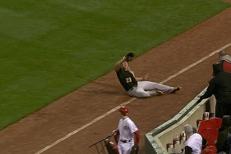 Pirates' Travis Snider Takes Ground-Rule Double Off His Face