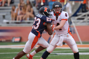 Blue Dominates Orange in Illinois Football's Spring Game