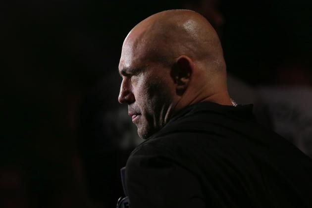 Joe Rogan Says Ronda Rousey Would Beat Floyd Mayweather in an MMA Fight