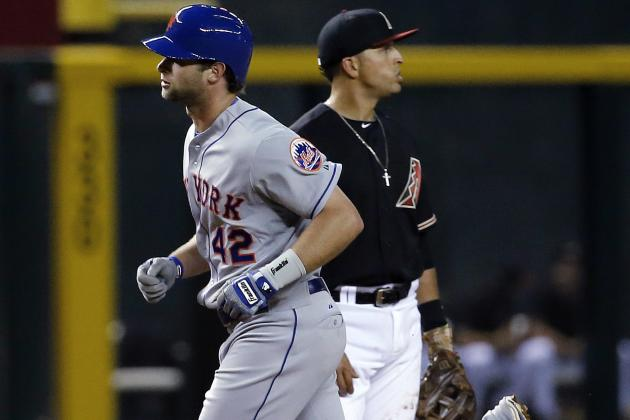 Mets Get Big Game from Nieuwenhuis, Beat D-Backs 9-0