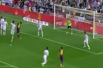 GIF: Marc Bartra Equalises for Barcelona in Copa Del Rey Final