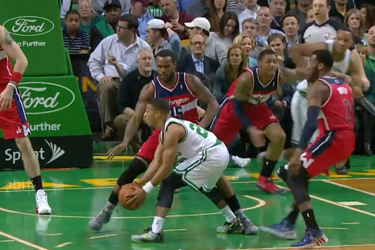 Celtics' Phil Pressey Throws a No-Look 'Hike' Pass to Brandon Bass