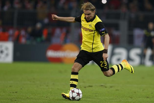 Liverpool Transfer News: Latest on Marcel Schmelzer, Luis Suarez and More