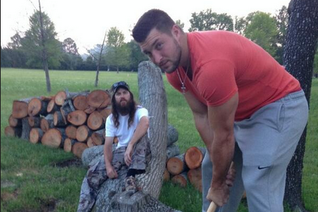 Tim Tebow Celebrates Easter by Chopping Lumber with Jase from 'Duck Dynasty'