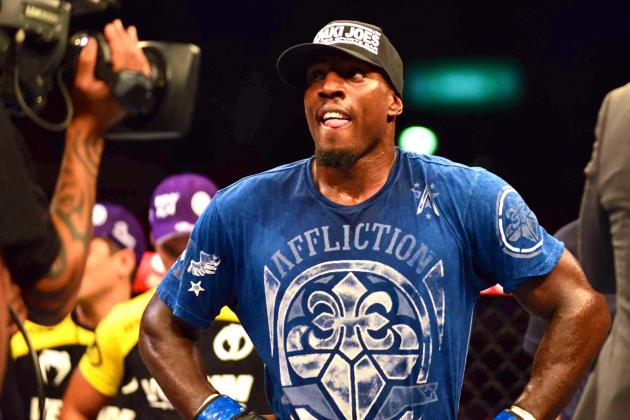 Jon Jones, Phil Davis Verbal Feud Upstages Jones vs. Glover Teixeira at UFC 172