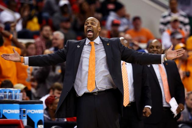 Cuonzo Martin Adds Two Former Tennessee Assistants to Cal Staff