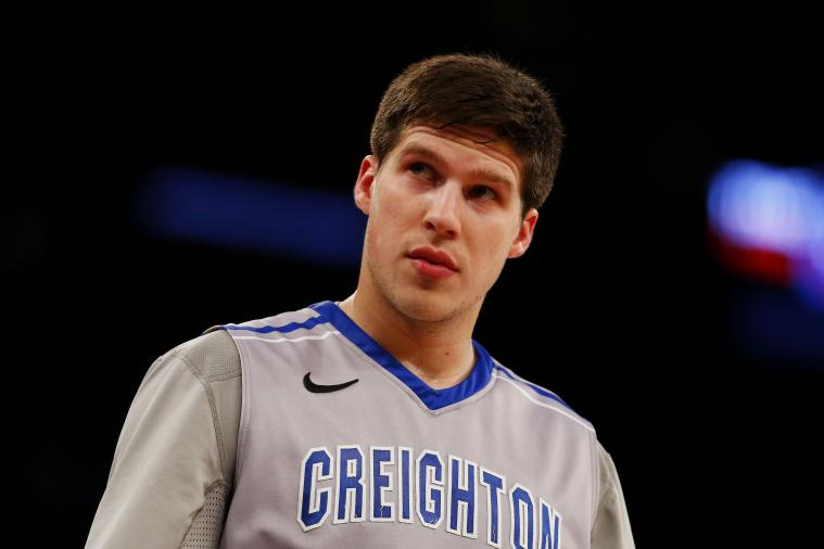 Doug McDermott Burns Twitter Troll with Macklemore Diss