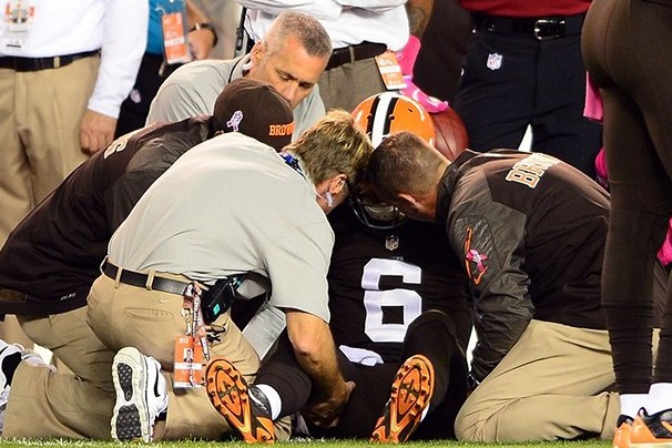Former NFL Doctor Takes Issue with Cleveland Browns for 'Overstating'...
