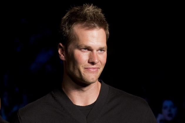Tom Brady, Rob Gronkowski, Julian Edelman Show Boston Marathon Support